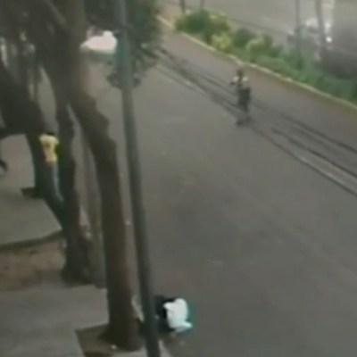 VIDEO: Asaltante se suicida tras ser acorralado por policías en la colonia Narvarte, CDMX