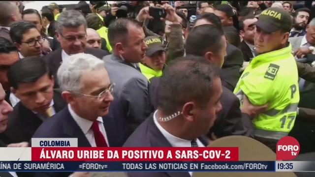 xpresidente Álvaro Uribe dio positivo por COVID-19