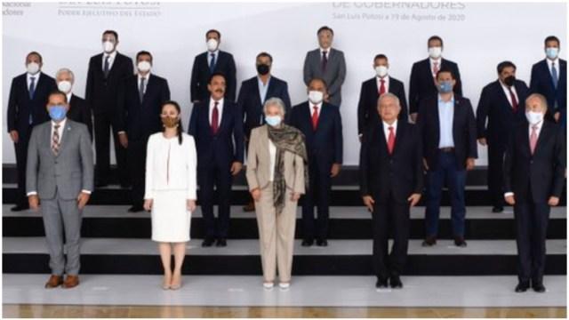 Gobernadores con AMLO