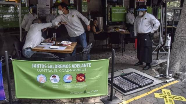 La Asociación de Bares y Restaurantes del Estado de México prohibirá fumar incluso en espacios designados para ello
