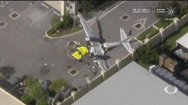 avioneta se estrella contra edificio en florida y mueren dos personas