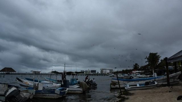 Depresión Tropical Catorce amenaza a la Península de Yucatán