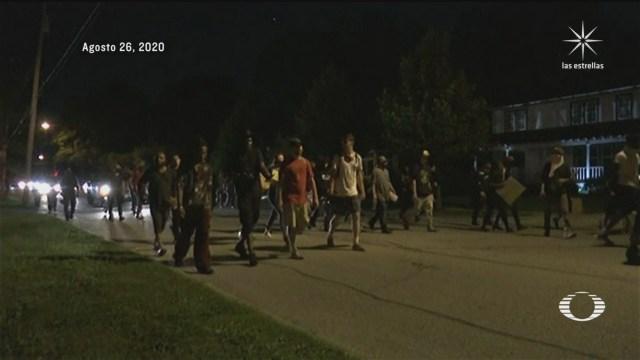 continuan protestas por brutalidad policiaca contra el afroamericano jacob blake