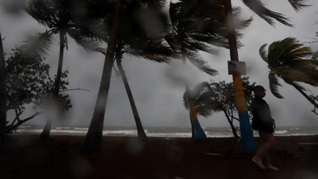 Huracán 'Marco' deja afectaciones en Quintana Roo y Yucatán