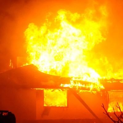 Incendios forestales en California dejan un muerto y cuatro desaparecidos