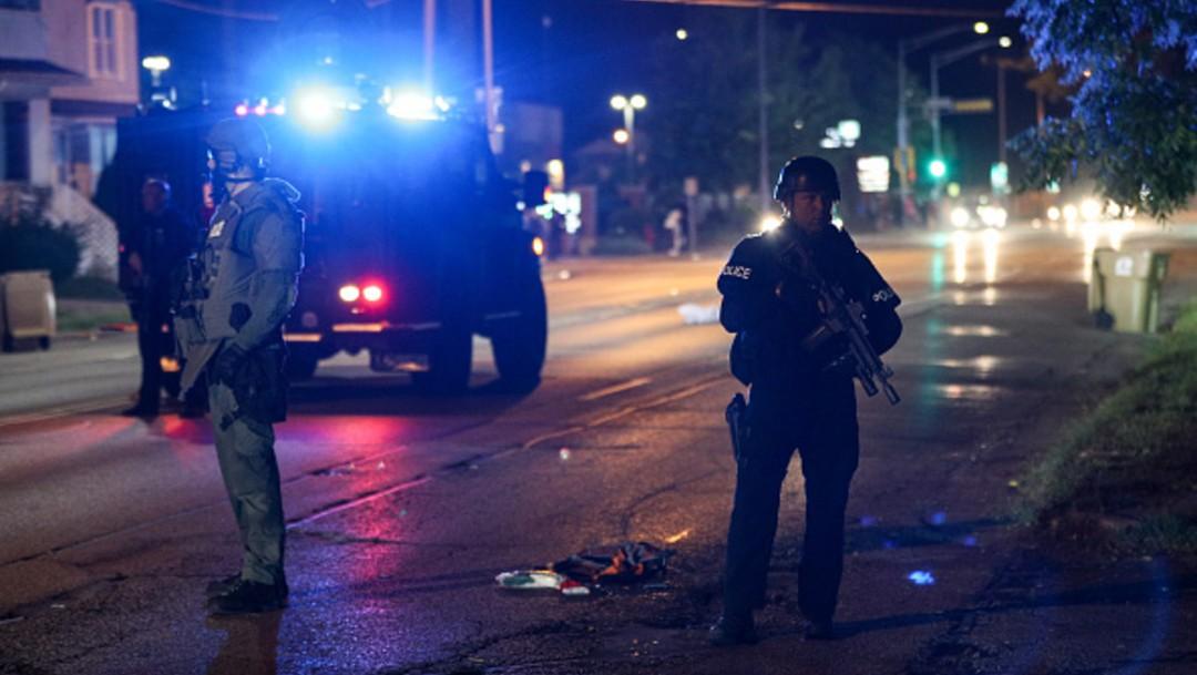 Joven de 17 años es arrestado tras asesinar a dos personas en protestas de Wisconsin