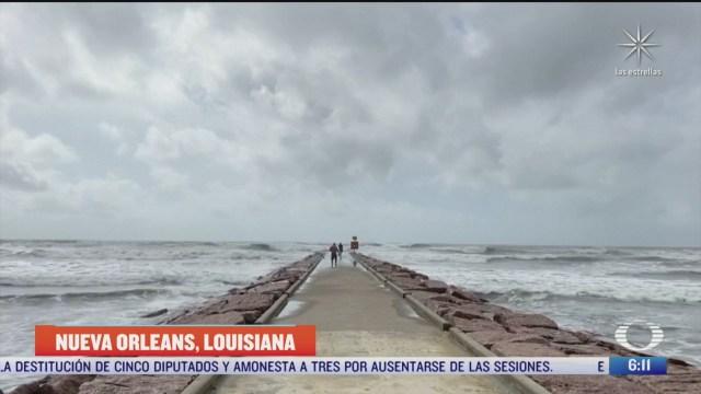 laura huracan categoria 3 avanza hacia el norte de louisiana eeuu