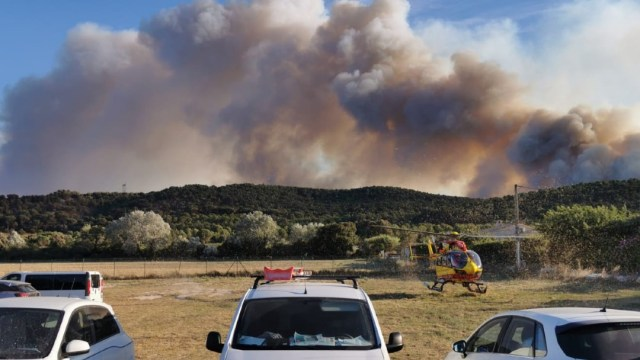 Más de 2 mil 700 personas evacuadas cerca de Marsella por incendio forestal