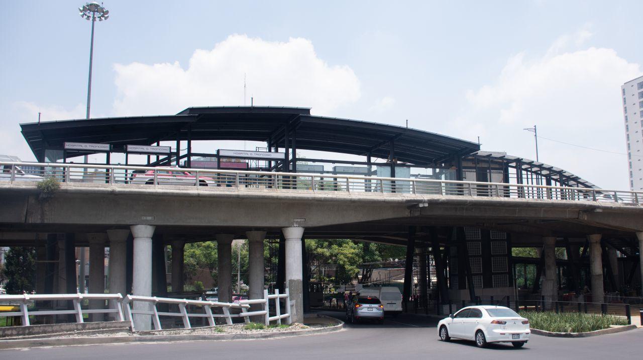 Estaciones elevadas, Metrobús, Ciudad de México