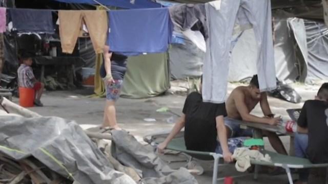 Migrantes en la frontera con EEUU viven espera sin fin y con temor al COVID-19