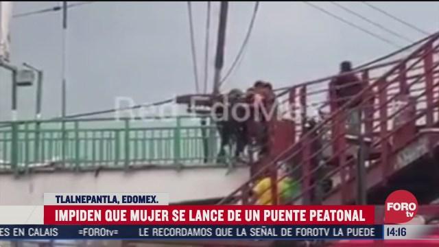 mujer intenta lanzarse de un puente peatonal en estado de mexico