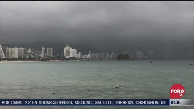 onda tropical 26 provoca lluvias en varios estados del pais