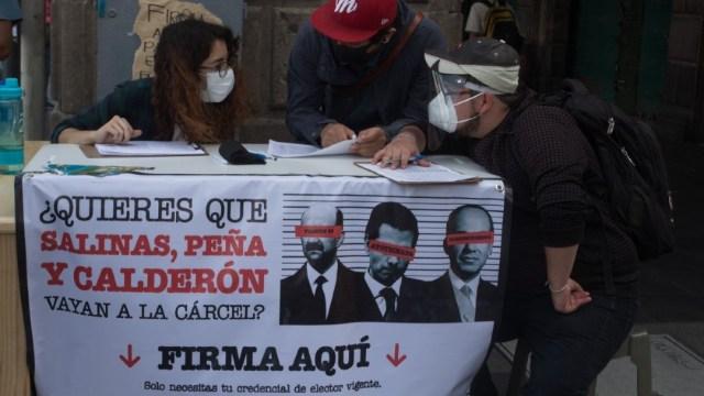 Recolectan firmas para consulta juicio a expresidentes
