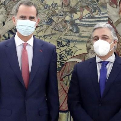 Felipe VI reaparece en público tras la salida de España de su padre Juan Carlos I