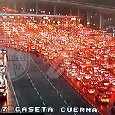 Saturan la autopista México-Cuernavaca con semáforo epidemiológico naranja