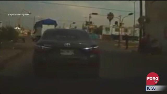 sujetos asaltan a automovilista en chalco