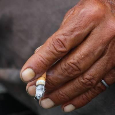 Advierten incremento en riesgos por COVID-19 por consumo de alcohol y cigarros