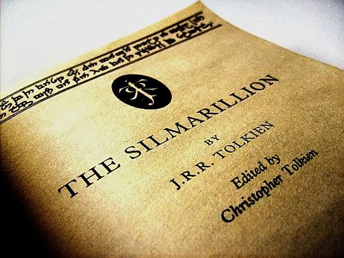 Portada de The Silmarillion