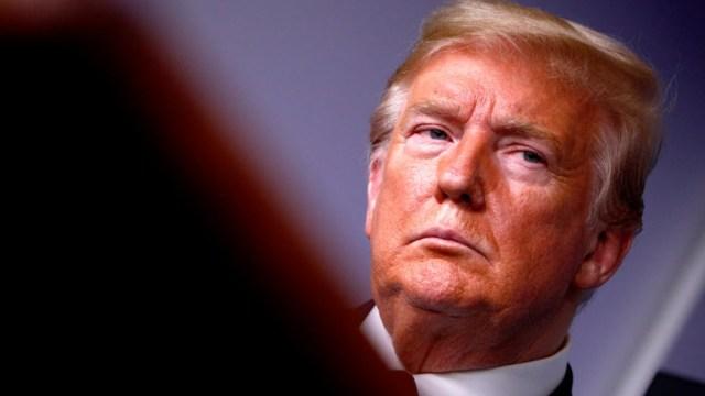 Trump defiende al joven detenido por matar a dos manifestantes en Wisconsin
