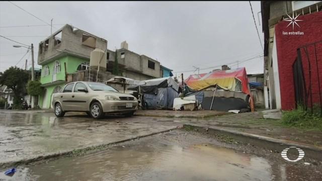 afectados por sismo de 2017 en iztapalapa continuan viviendo en bodegas y bajo lonas