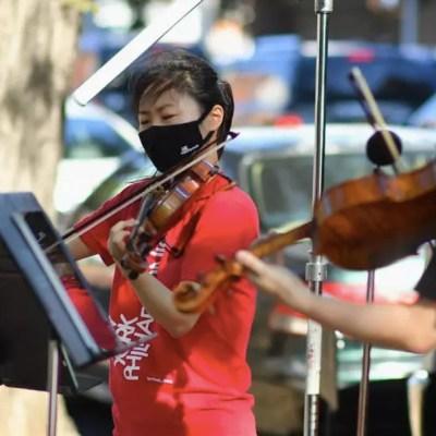 Filarmónica de Nueva York sale a las calles para sobrevivir a la pandemia de COVID-19