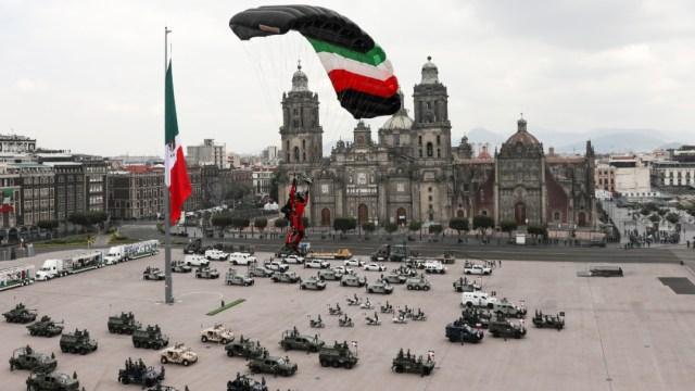 Desfile Militar 2020 desde el Zócalo de CDMX