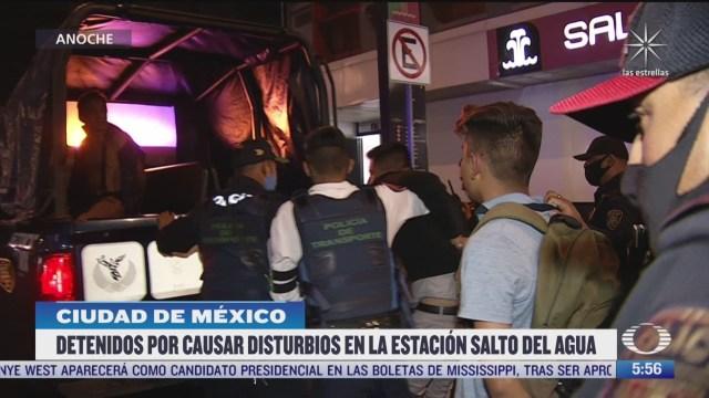 detienen a cinco sujetos por disturbios en el metro salto del agua