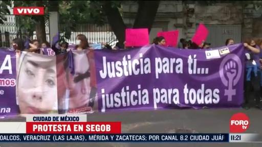feministas protestan en secretaria de gobernacion en cdmx