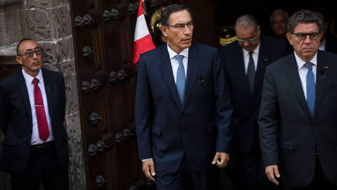 Líderes políticos de Perú rechazaron apoyar el juicio político para destituir al presidente Martín Vizcarra, quien permanecerá en el cargo por siete meses más