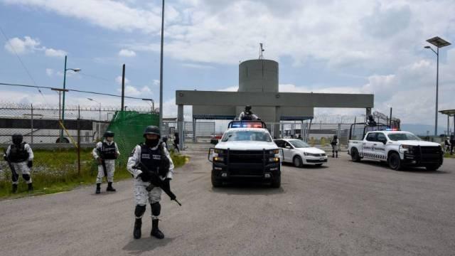 """La FGR informó que fue recluido en el penal de máxima seguridad del Altiplano José Ángel Casarrubias Salgado alias """"El Mochomo"""", ligado al caso Ayotzinapa"""