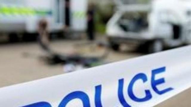 Policía británica reporta varias personas apuñaladas en Birminghan