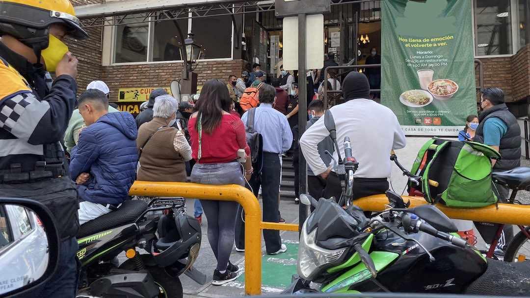 Pozolería Ciudad México Fila Sin Sana Distancia