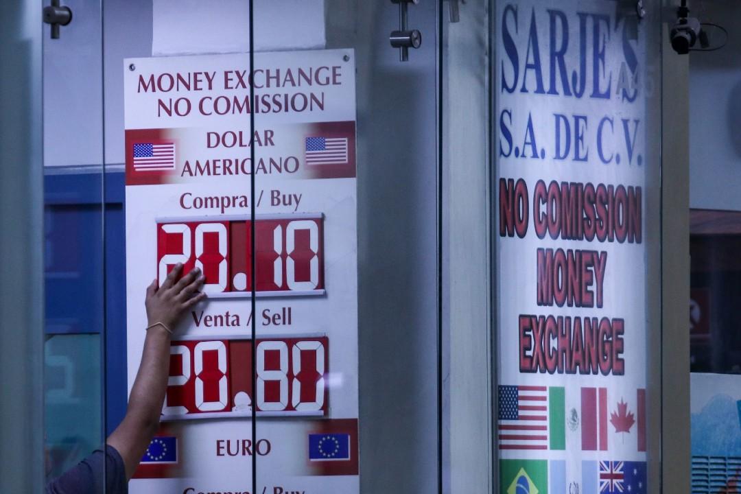 Peso gana frente al dólar durante primera semana de septiembre