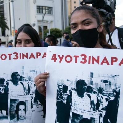 AMLO dará mensaje a 6 años del caso Ayotzinapa, informan padres de normalistas