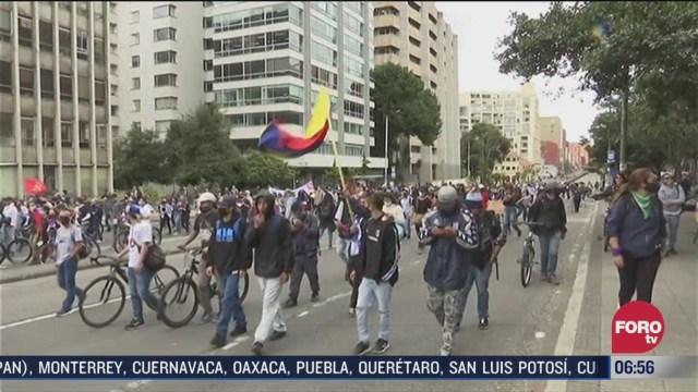 protestan contra la violencia policial en colombia