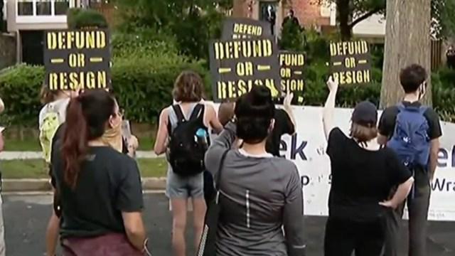 Brutalidad policíaca en EE.UU. persiste; escalan denuncias y protestas