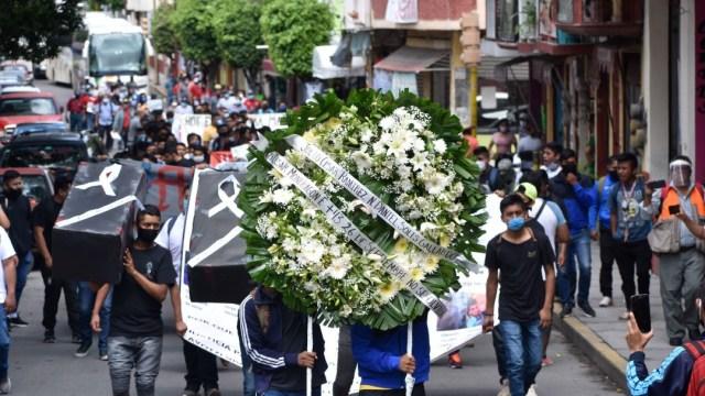 Recuerdan a los 43 normalistas de Ayotzinapa en Chiapas, Guerrero y Michoacán