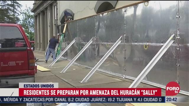 residentes se preparan por amenaza del huracan sally en eeuu