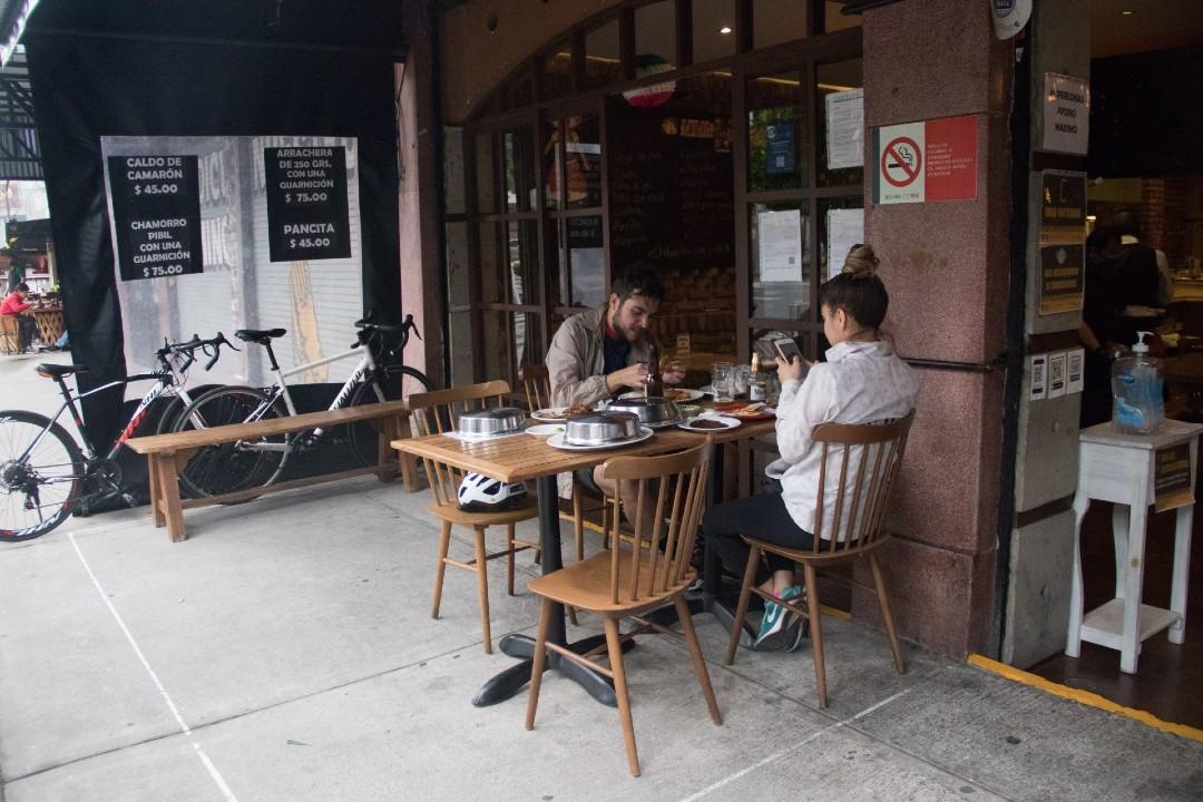Restaurantes-lugares-de-contagio-de-COVID-19-estudio