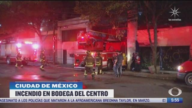 se incendia negocio de telas en centro de la ciudad de mexico