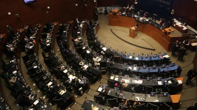 Sesión en la cámara de senadores sobre la ley de justicia