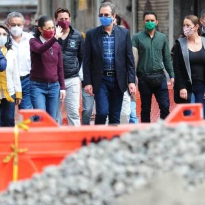 La jefa de Gobierno, Claudia Sheinbaum y el secretario de Educación, Esteban Moctezuma, supervisaron las obras en el edificio de la SEP en la calle República de Brasil