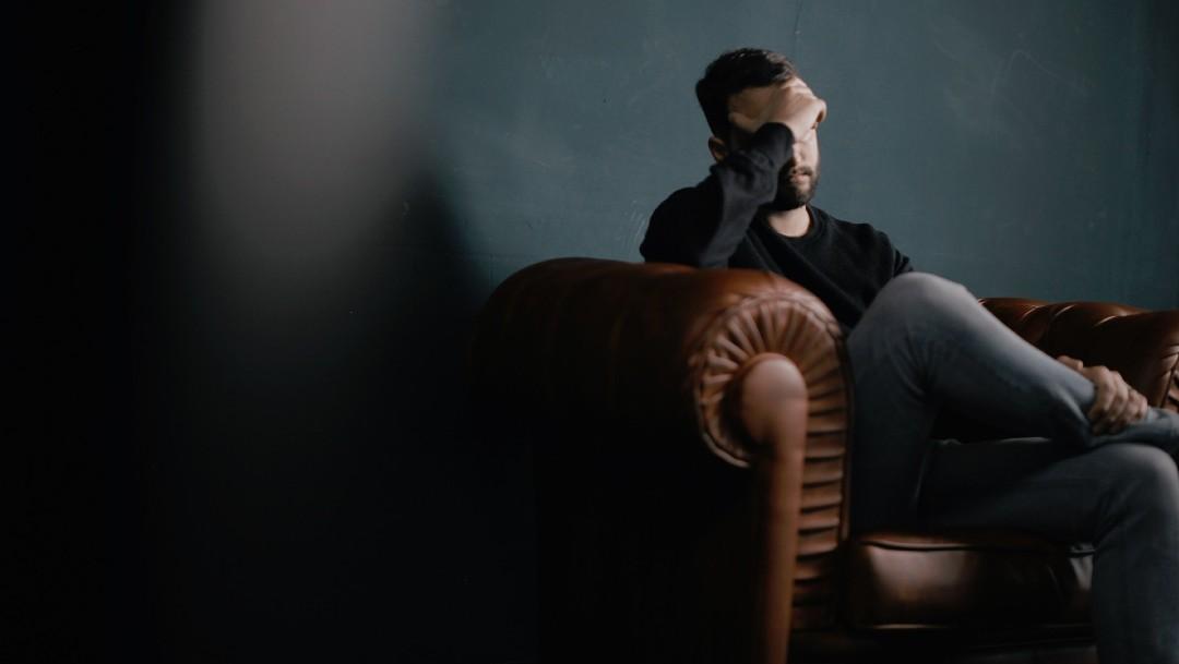 Los especialistas en salud hacen un llamado a la población para que conozcan los signos de alarma de riesgo suicida, como la depresión