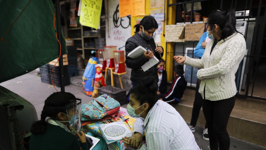 Las escuelas públicas en México comenzaron a impartir clases por televisión el 24 de agosto debido al coronavirus