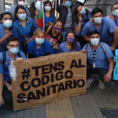 Trabajadores de la salud en Chile protestan en medio de la pandemia