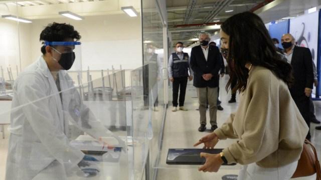 El objetivo del Plan de Emergencia es generar las condiciones necesarias para que las y los estudiantes de la UNAM, particularmente quienes provienen de familias con escasos recursos puedan acceder a equipos y servicios tecnológicos que favorezcan a su aprendizaje