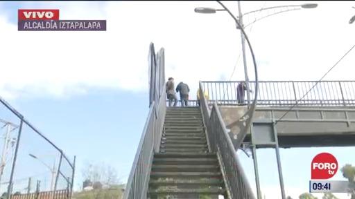 vecinos denuncian puente peatonal en mal estado en alcaldia iztapalapa