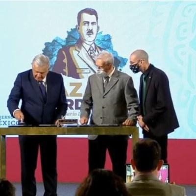 AMLO cancela timbre postal en honor a Lázaro Cárdenas