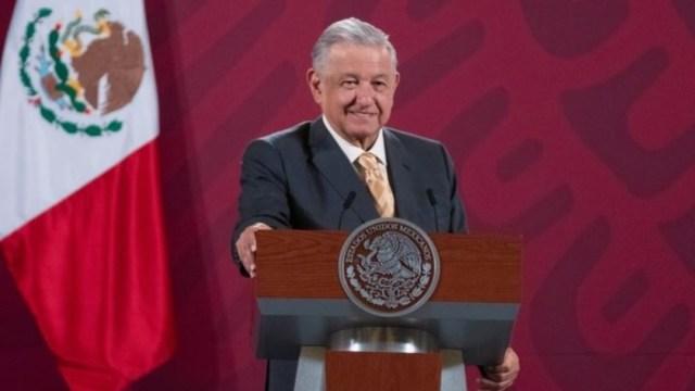 Andrés Manuel López Obrador en conferencia