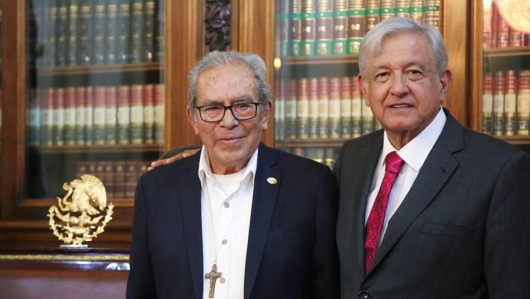 El presidente López Obrador lamentó el fallecimiento de Arturo Lona Reyes, conocido como 'el obispo de los pobres'